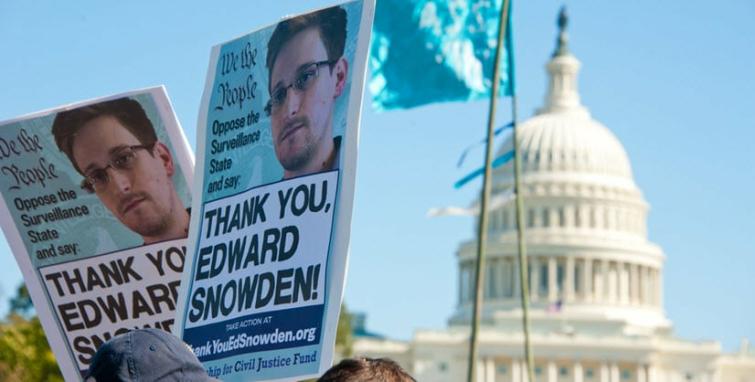 Should Edward Snowden Be Pardoned?