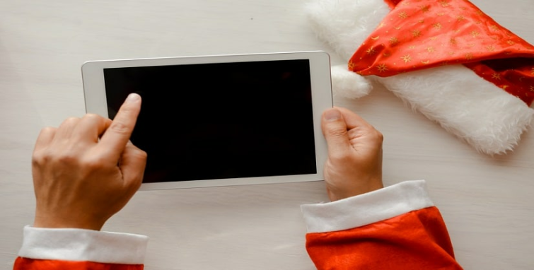 5 Ways to Stay Secure When Online Shopping During The Holidays